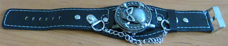 reloj-pulsera-punk-rockero-calavera-1