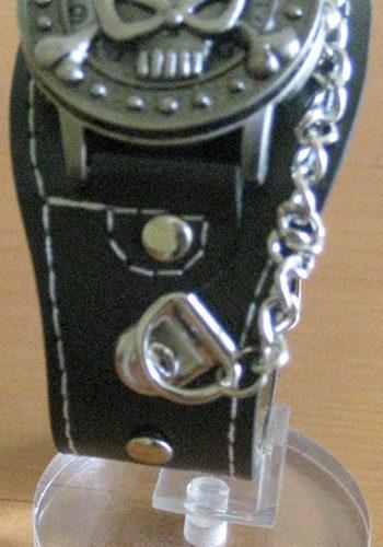 reloj rockero, modelo calavera